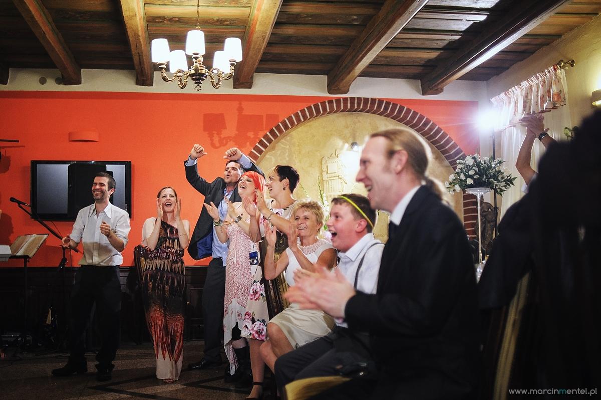 reportaż_ślubny_toruń_hotel_gotyk_rubinkowo_USC_barka_na_statku1057