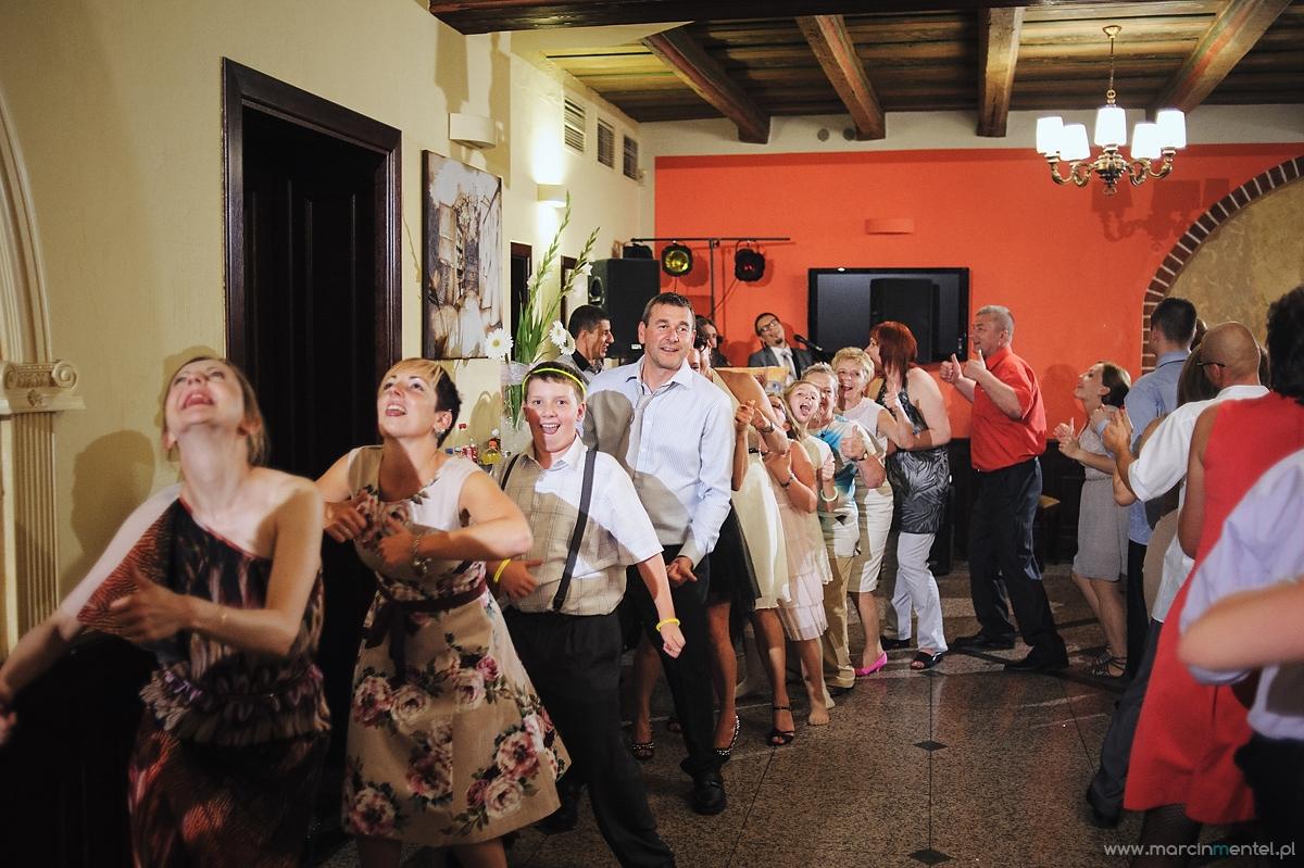 reportaż_ślubny_toruń_hotel_gotyk_rubinkowo_USC_barka_na_statku1061