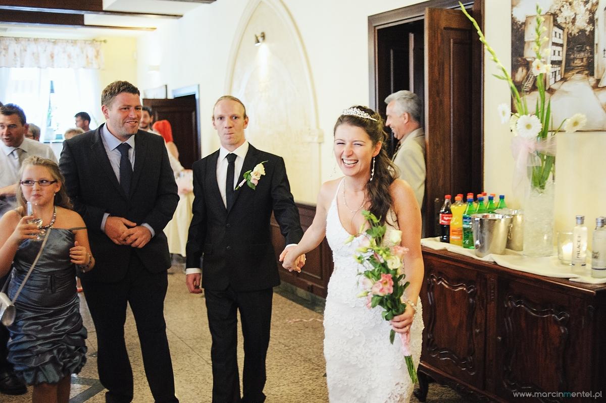 reportaż_ślubny_toruń_hotel_gotyk_rubinkowo_USC_barka_na_statku936