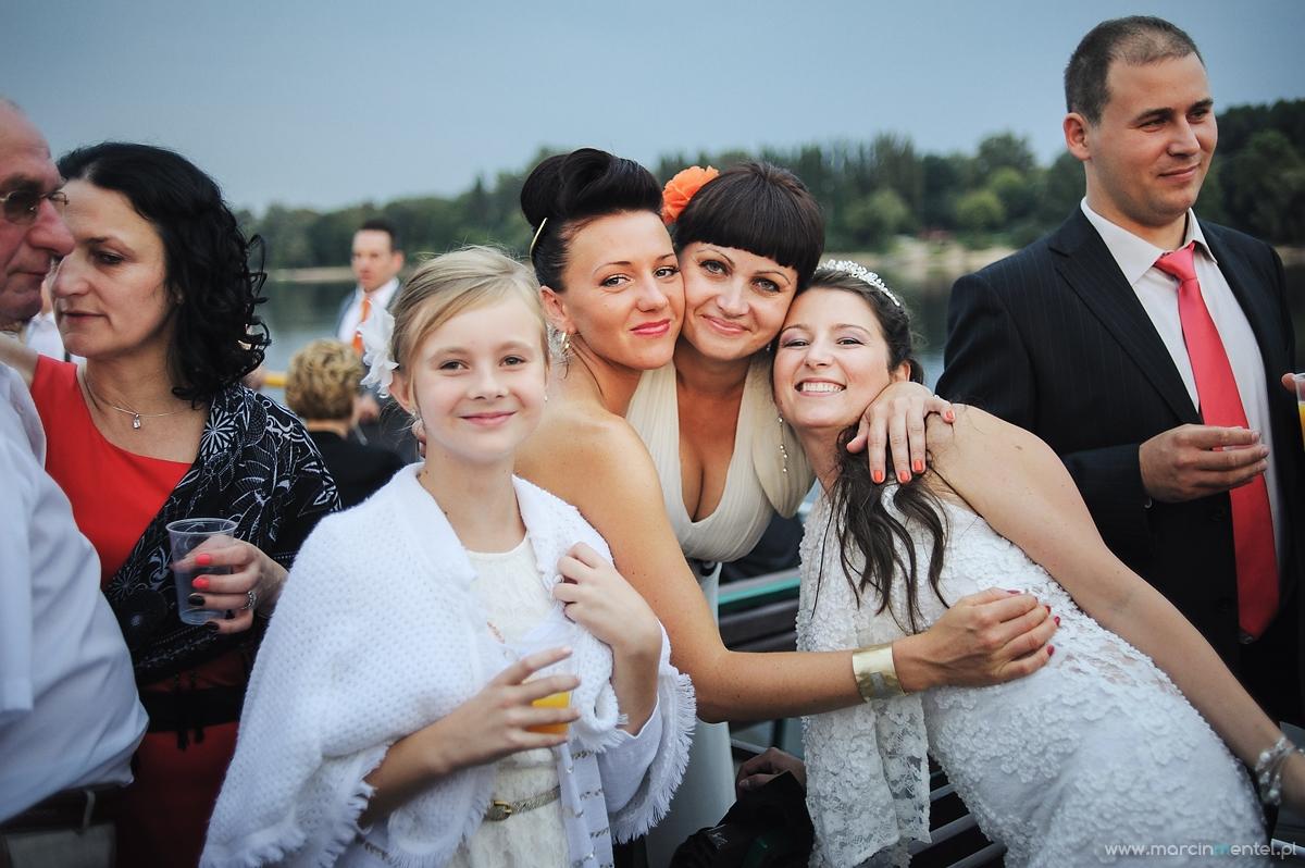 reportaż_ślubny_toruń_hotel_gotyk_rubinkowo_USC_barka_na_statku986