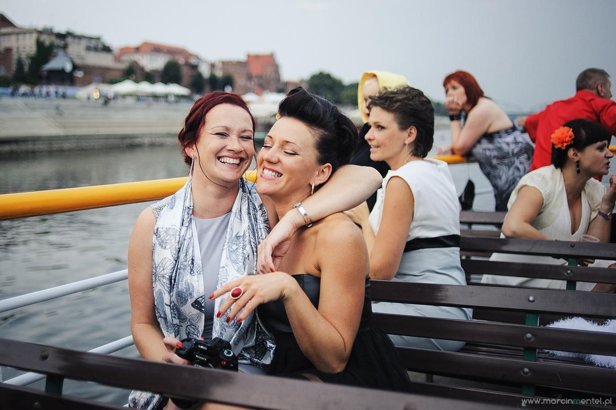 reportaż_ślubny_toruń_hotel_gotyk_rubinkowo_USC_barka_na_statku997
